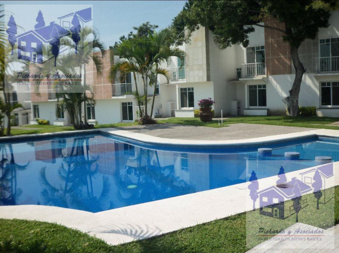 Foto Casa en Venta en  Las Animas,  Temixco  Villas Laurel