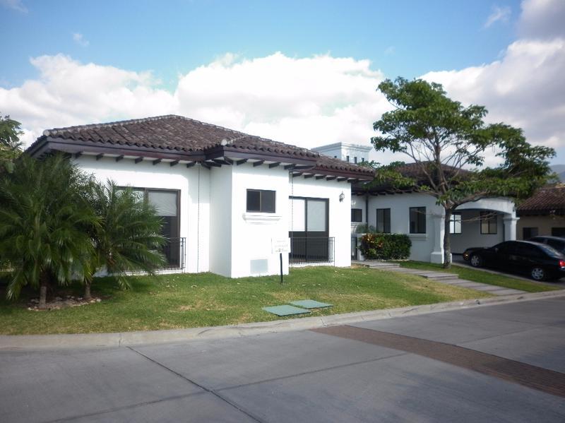 Foto Casa en Renta en  Santana,  Santa Ana  TERRAHOUSE VENDE, ESPECTACULAR Y EXCLUSIVA RESIDENCIA EN LINDORA.