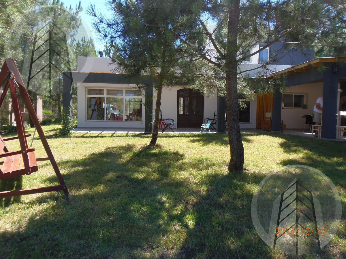 Foto Casa en Venta en  Costa Esmeralda,  Punta Medanos   Casa Costa Emeralda Ruta 11 km al 300
