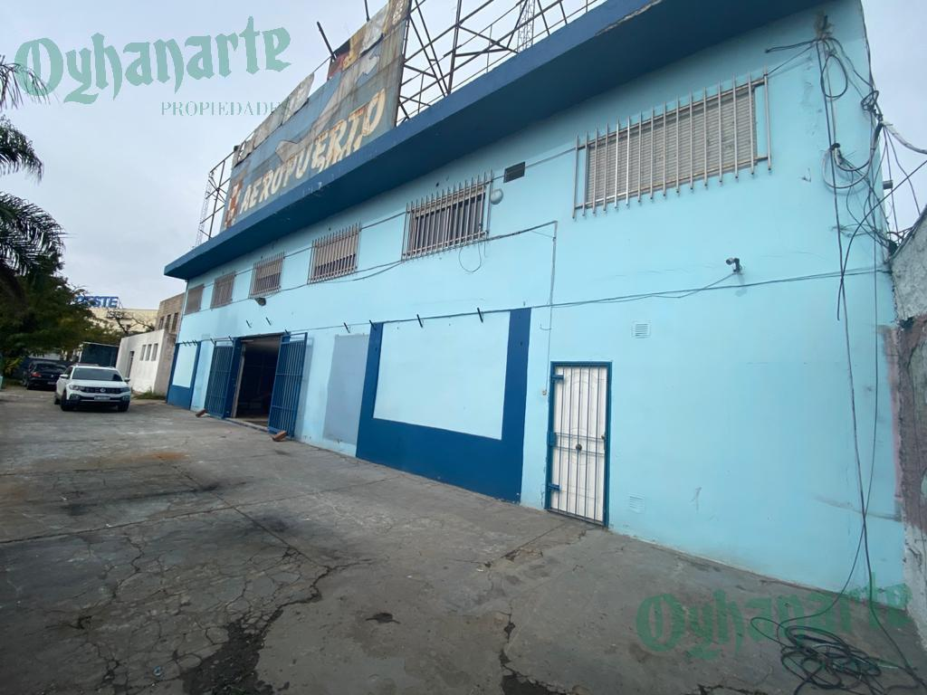 Foto Local en Alquiler en  Castelar,  Moron  Acceso Oeste  - Prox. Plaza Oeste -