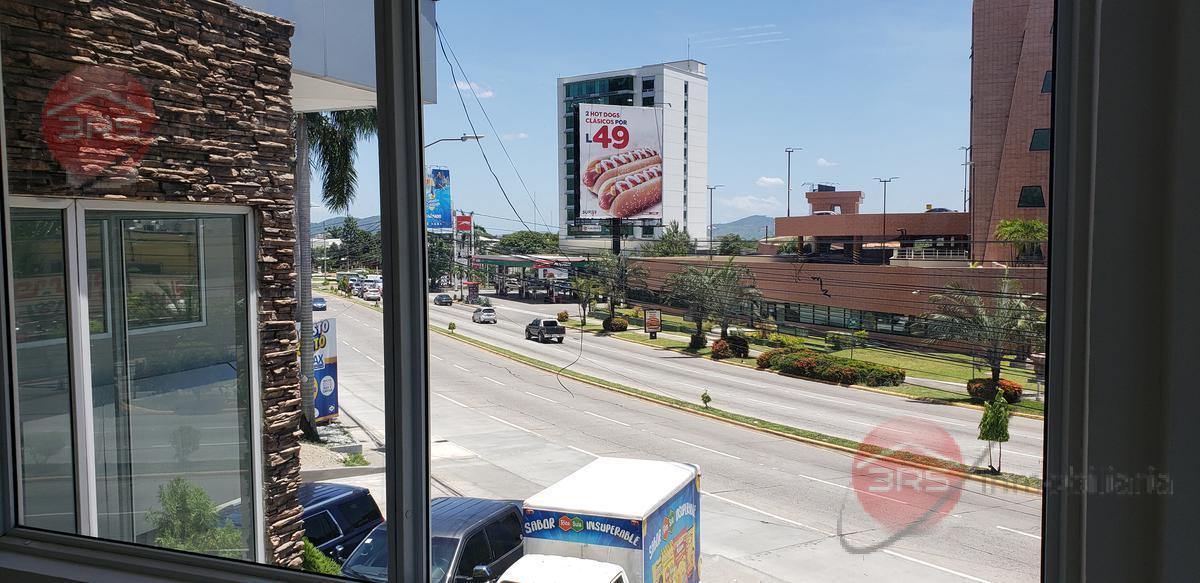 Foto Local en Renta en  San Pedro Sula ,  Cortés  ¡¡ Local disponible en 2do Nivel, con entrada independiente en Las mesetas !!