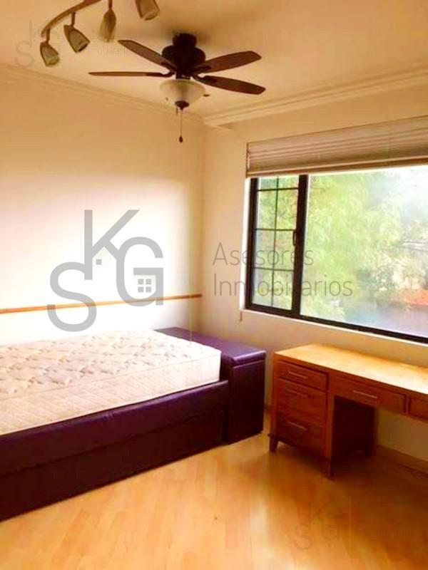 Foto Casa en Venta en  Lomas de Tecamachalco,  Huixquilucan  SKG Asesores Inmobiliarios Vende Casa Lomas de Tecamachalco, 5 recámaras