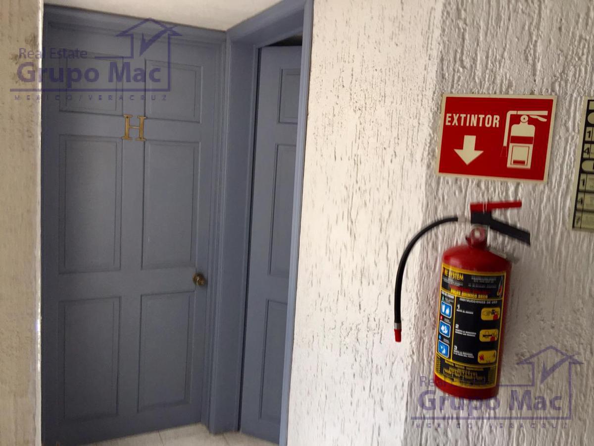 Foto Oficina en Renta en  San Lucas Tepetlacalco,  Tlalnepantla de Baz  Oficina en Renta en San Lucas Tepetlacalco Tlalnepantla cerca de Mundo E