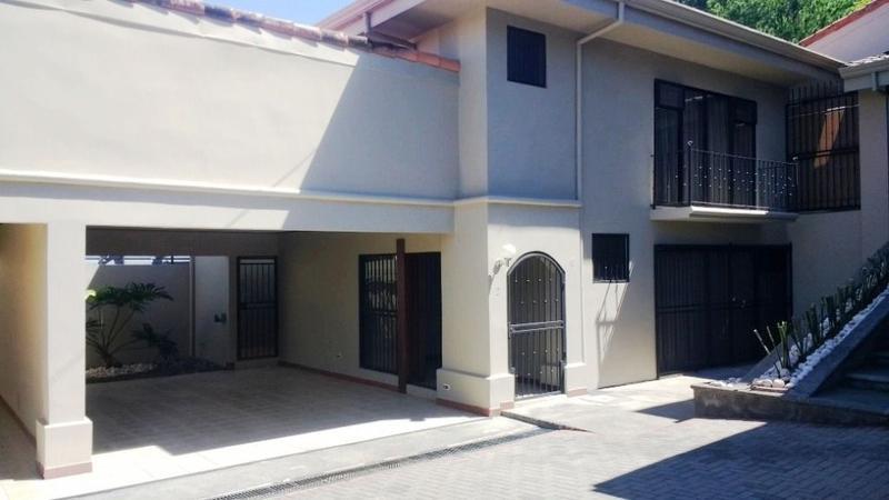 Foto Casa en condominio en Renta |  en  Pozos,  Santa Ana  Apartamento en dos niveles en Pozos de Santa Ana