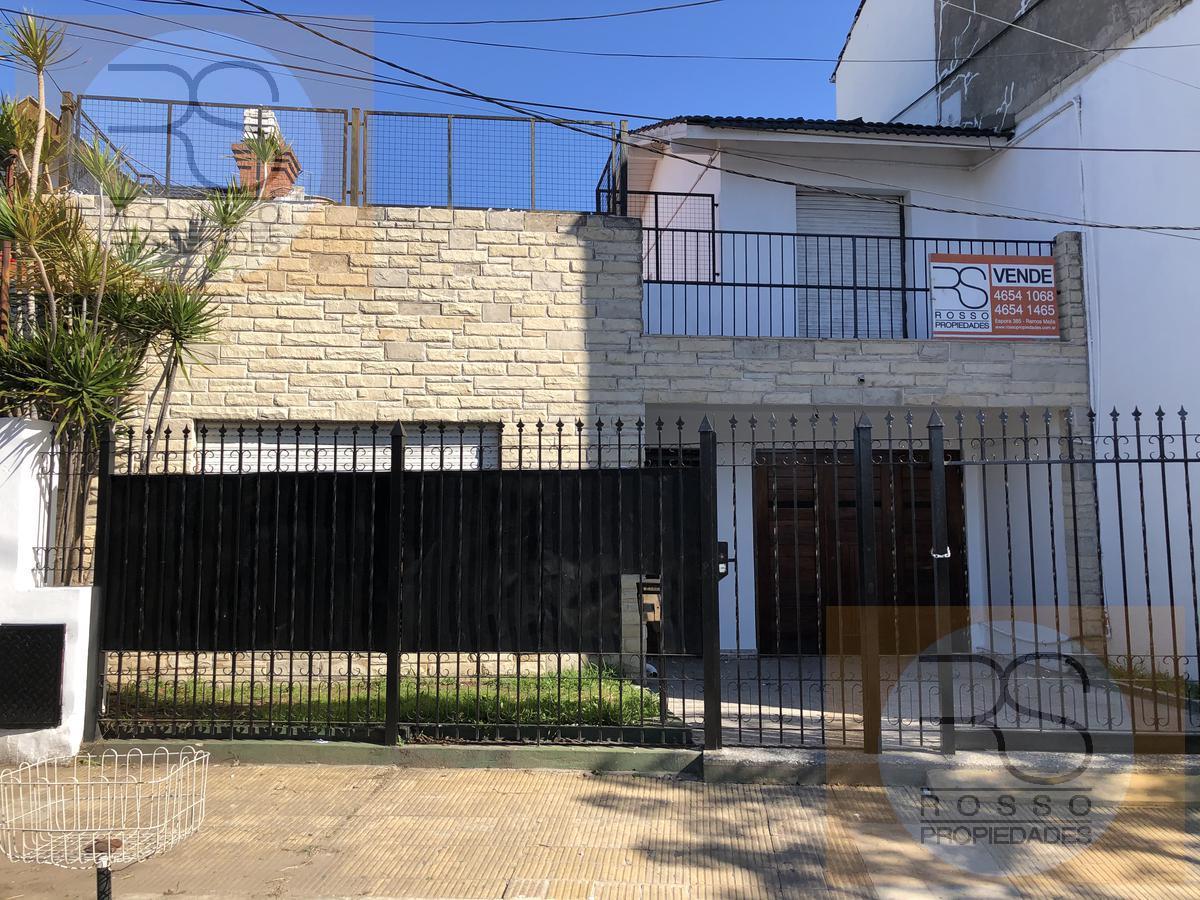 Foto Casa en Venta en  Villa Sarmiento,  Moron  Gaona, Av. al 800