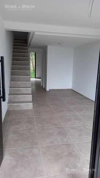 Foto Casa en Venta en  Cordoba Capital ,  Cordoba  VENDO DUPLEX EN HOUSING 2 DORMITOS INTERCOUNTRY LA CALERA