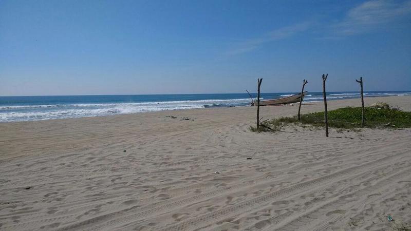 Foto Terreno en Venta en  Pueblo Barra Vieja,  Acapulco de Juárez  Terreno Con Playa