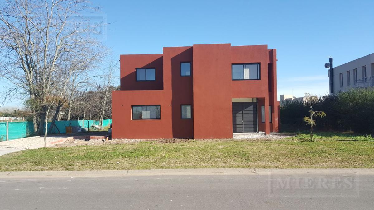 Casa en venta en San Matias  Area 3