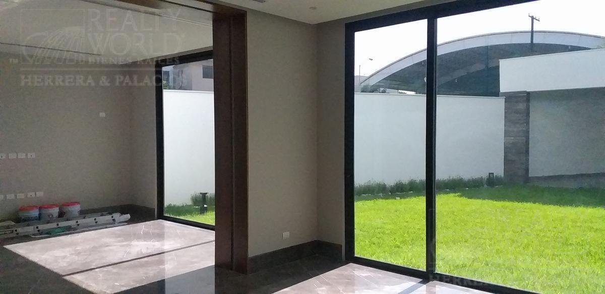 Foto Casa en Venta en  Jerónimo Siller,  San Pedro Garza Garcia  Profa. Trinidad Dávila ,Col. Jerónimo Siller,San Pedro Garza García,Nuevo León,México