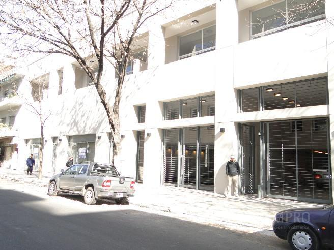 Foto Cochera en Alquiler |  en  Caballito ,  Capital Federal  ROJAS entre VALLESE FELIPE y ARENGREEN