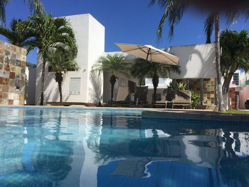 Foto Casa en Renta en  Solidaridad ,  Quintana Roo  Se renta bonita casa de 3 rec en arrecifes playa del carmen P2248