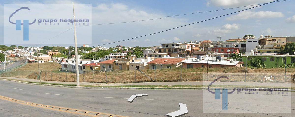 Foto Terreno en Renta en  Tampico ,  Tamaulipas  TERRENO SOBRE LA CALLE 10 CON MAGNIFICO FRENTE