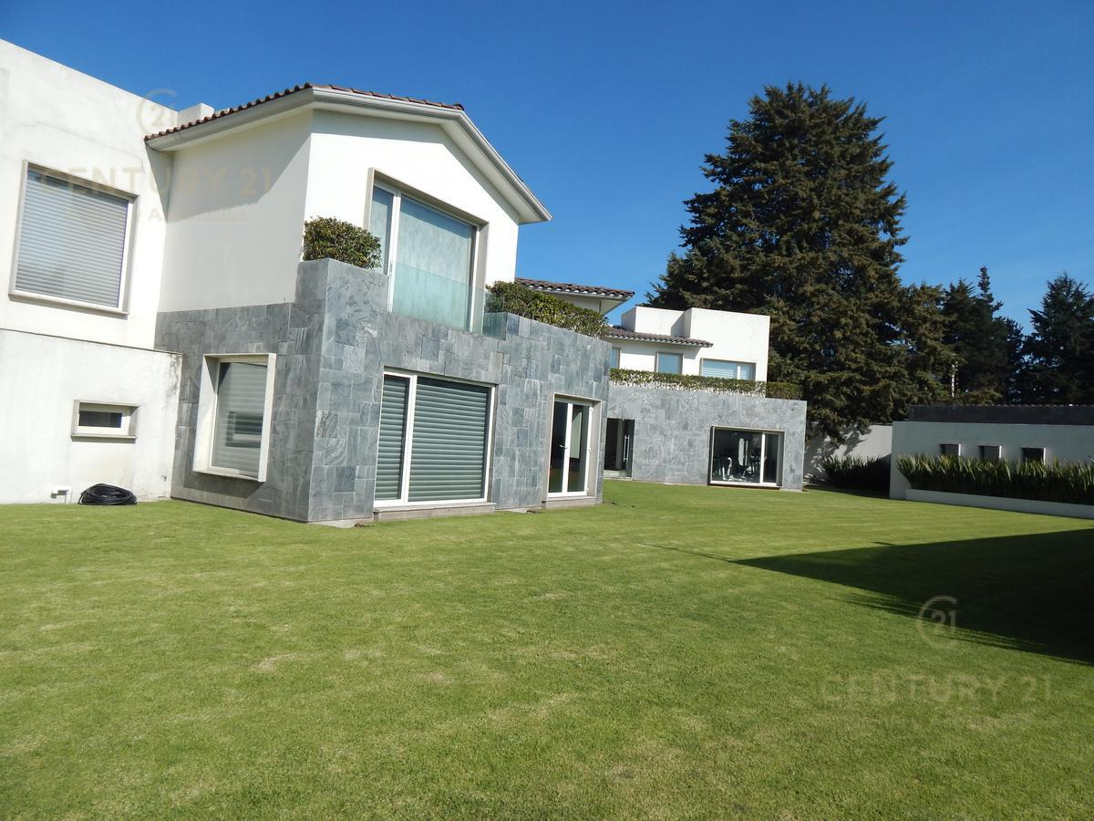 Foto Casa en condominio en Venta en  San Carlos,  Metepec  MAJESTUOSA RESIDENCIA EN SAN CARLOS