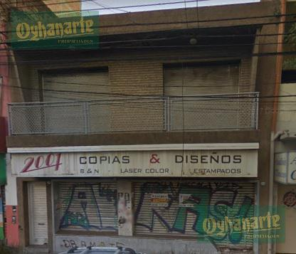 Foto Local en Alquiler en  Moron ,  G.B.A. Zona Oeste  Cabildo al 200