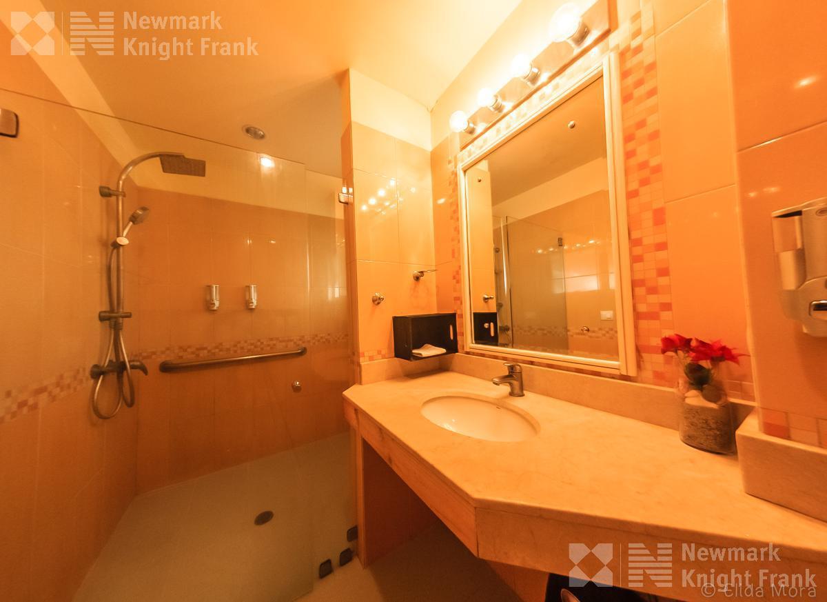 Foto Hotel en Venta en  Puntarenas ,  Puntarenas          En venta hotel en Santa Teresa