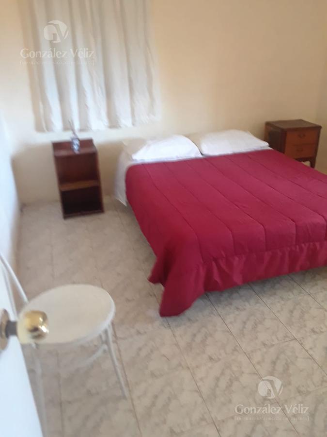 Foto Casa en Alquiler en  Carmelo ,  Colonia  Oficial 1 entre Ituzaingo y Artigas