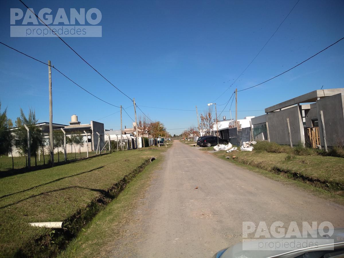 Foto Terreno en Venta en  Joaquin Gorina,  La Plata  135 esq.  478