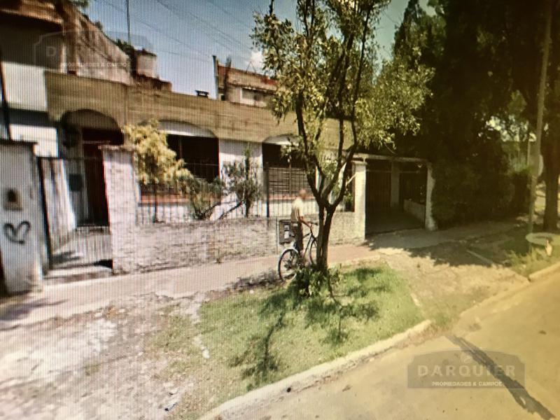 Foto Casa en Venta en  Burzaco,  Almirante Brown  QUINTANA 420