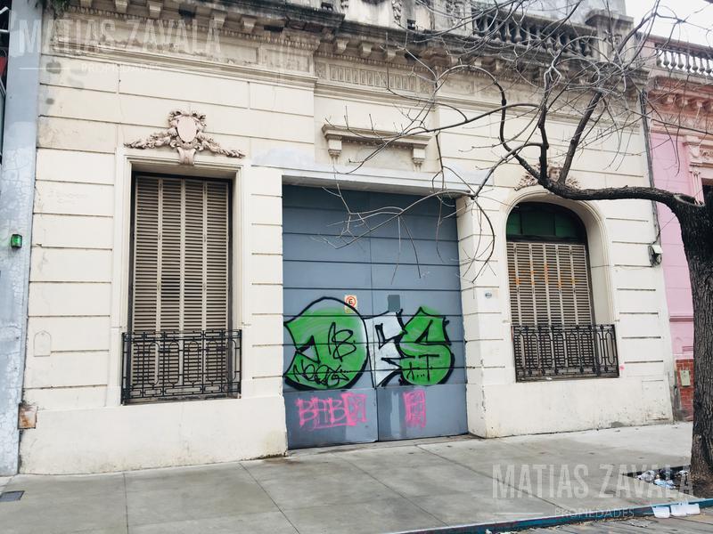 Foto Galpón en Alquiler en  Villa Urquiza ,  Capital Federal  Cullen al 4800