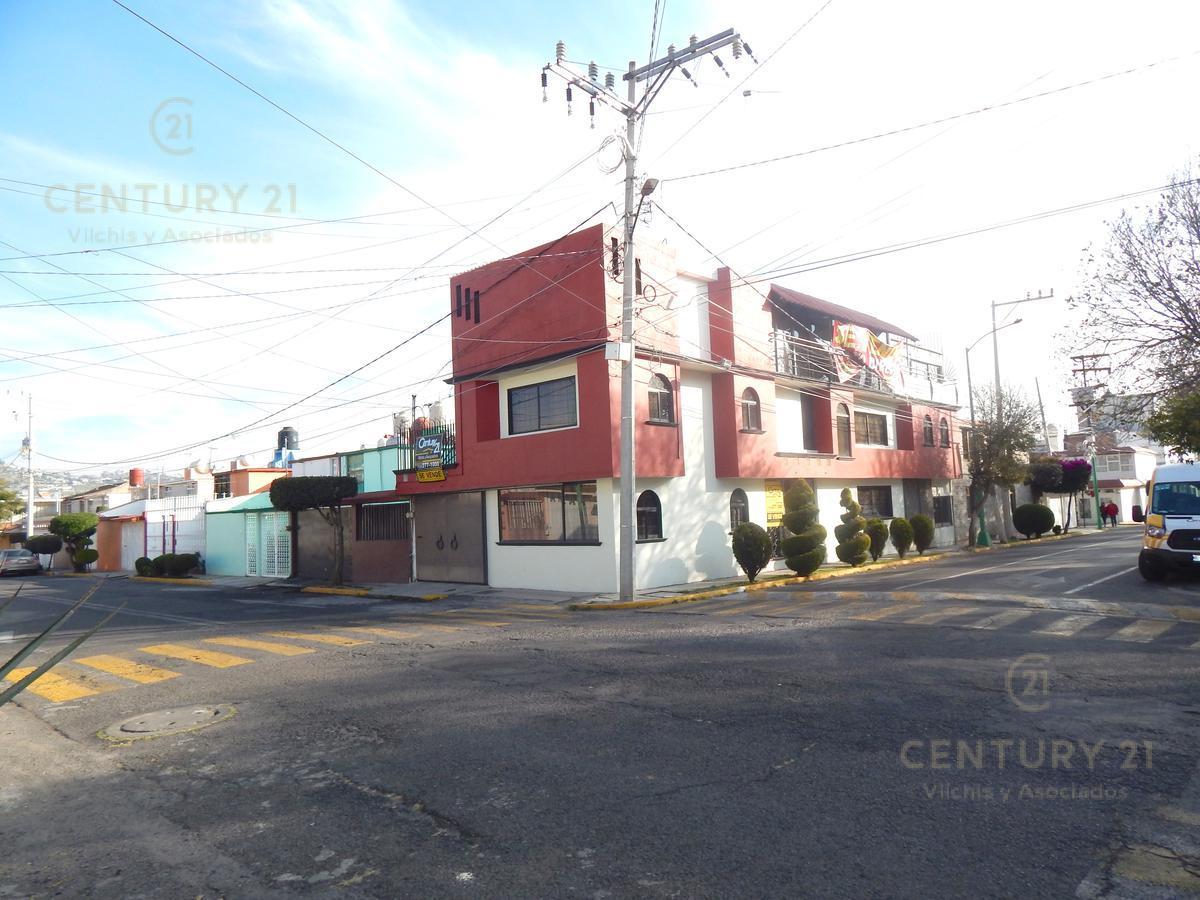 Foto Casa en Venta en  Morelos,  Toluca  Bonita y amplia casa en Colonia Morelos, Toluca