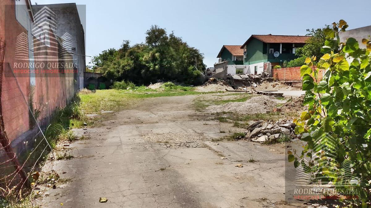 Foto Terreno en Venta en  Mar De Ajo ,  Costa Atlantica  LOTE DE 15X40 - SOBRE ARTERIA PRINCIPAL