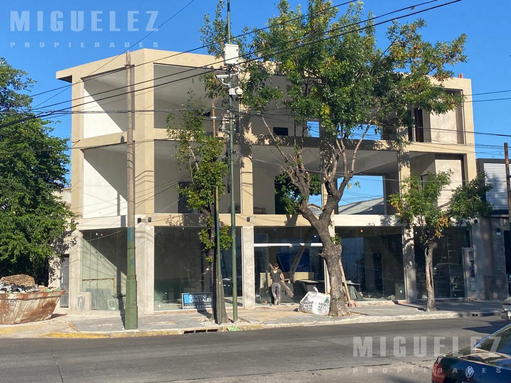 Foto Local en Alquiler en  Temperley,  Lomas De Zamora  LOCAL COMERCIAL YRIGOYEN 10204, TEMPERLEY
