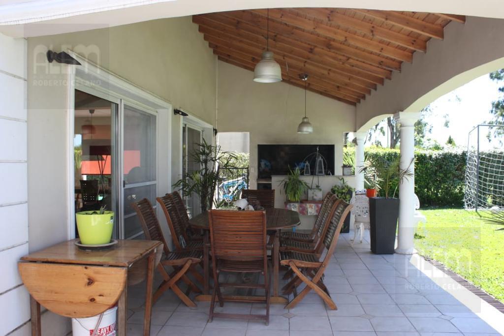Foto Casa en Alquiler temporario en  Canning (E. Echeverria),  Esteban Echeverria  Echeverria  Del Lago I ALQUILER  TEMPORARIO