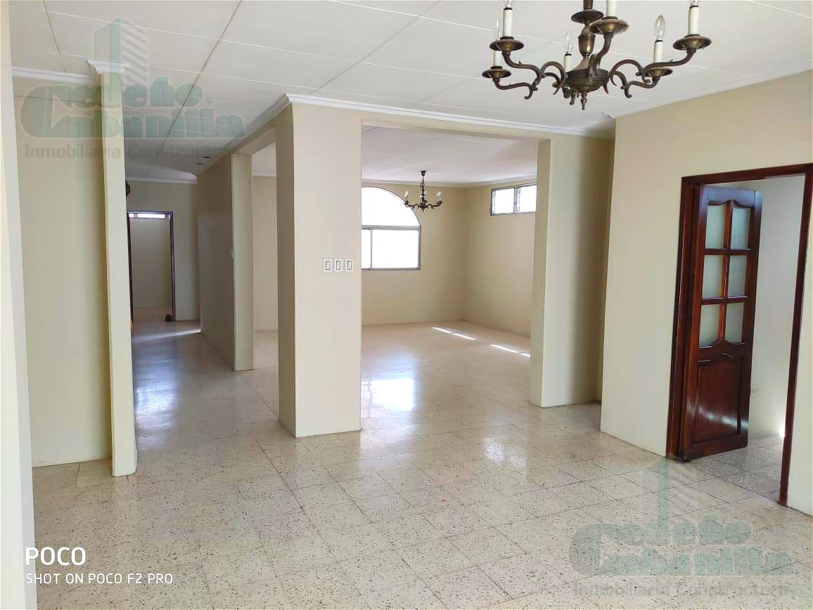 Foto Casa en Venta en  Sur de Guayaquil,  Guayaquil  HERMOSA CASA EN BARRIO TRADICIONAL DE GUAYAQUIL