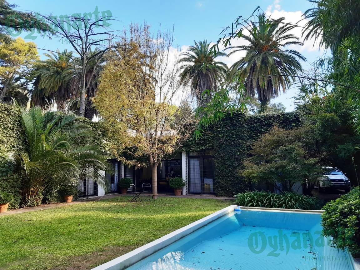 Foto Casa en Venta en  Barrio Parque Leloir,  Ituzaingó  De la Zamba al 1300