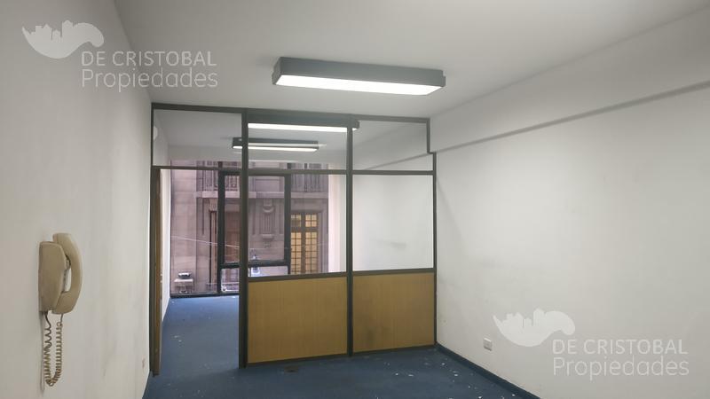 Foto Oficina en Alquiler en  Monserrat,  Centro  Peru al 300