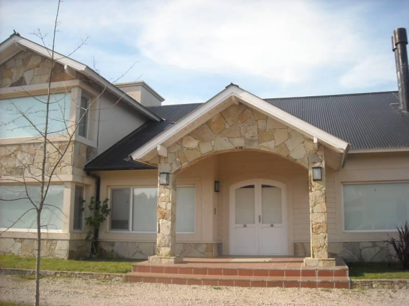 Foto Casa en Alquiler temporario en  Costa Esmeralda,  Punta Medanos          Residencial II al 105