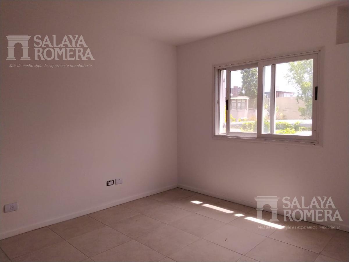 Foto Departamento en Venta en  La Lucila,  Olivos  Roma al 100