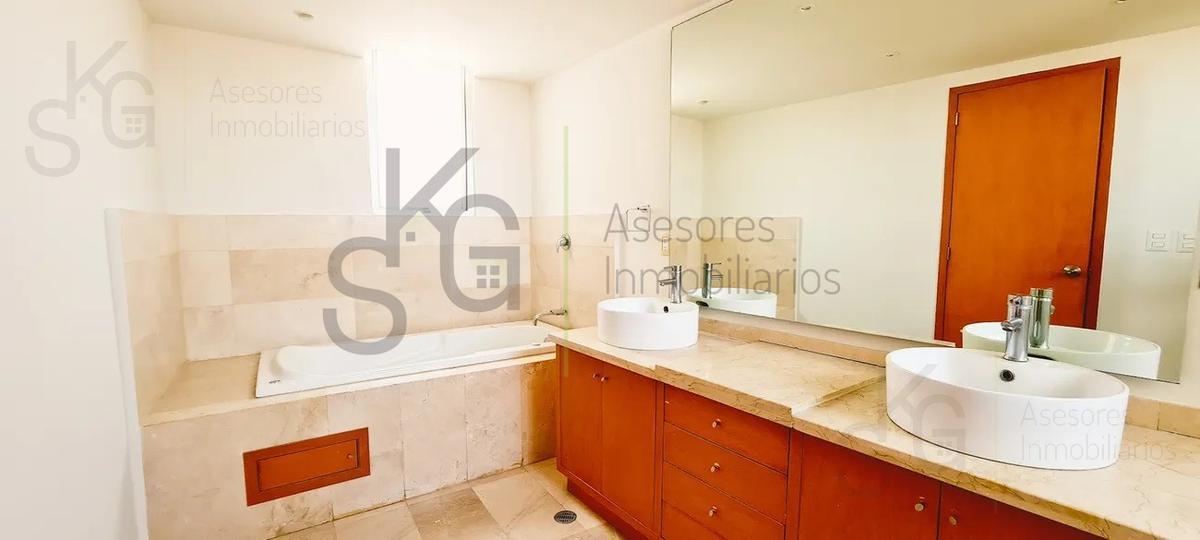Foto Departamento en Venta | Renta en  Bosque Real,  Huixquilucan  SKG Asesores Inmobiliarios Venden o Rentan Departamento en Bosque Real, Residencial Ducal