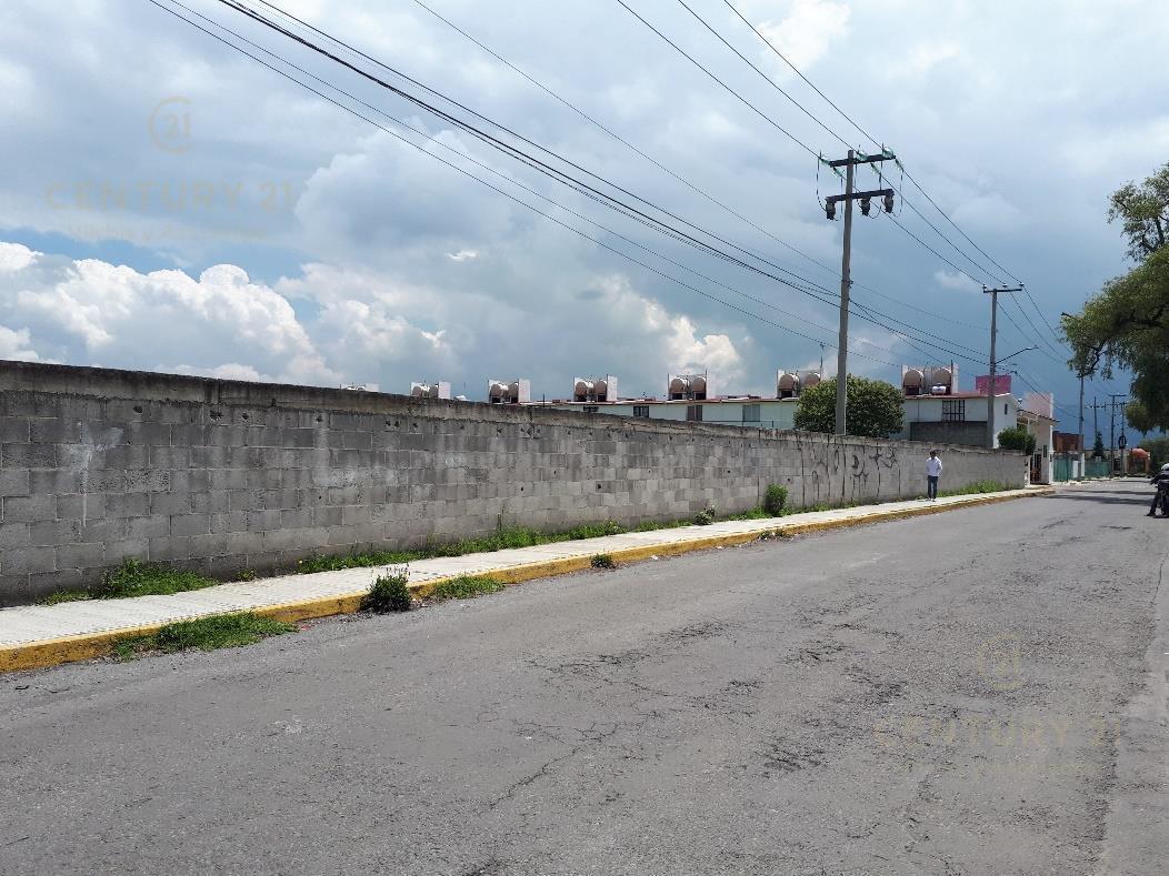 Foto Terreno en Venta en  Lerma ,  Edo. de México  VENTA DE TERRENO HABITACIONAL CERCA DEL PARQUE INDUDTRIAL LERMA