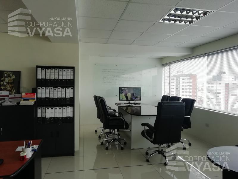 Foto Oficina en Venta en  La Carolina,  Quito  CAROLINA - LINDA OFICINA DE VENTA DE 53.5 m2