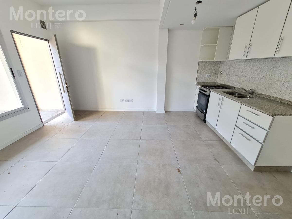 Foto PH en Venta en  Villa Devoto ,  Capital Federal  Cervantes al al 2800