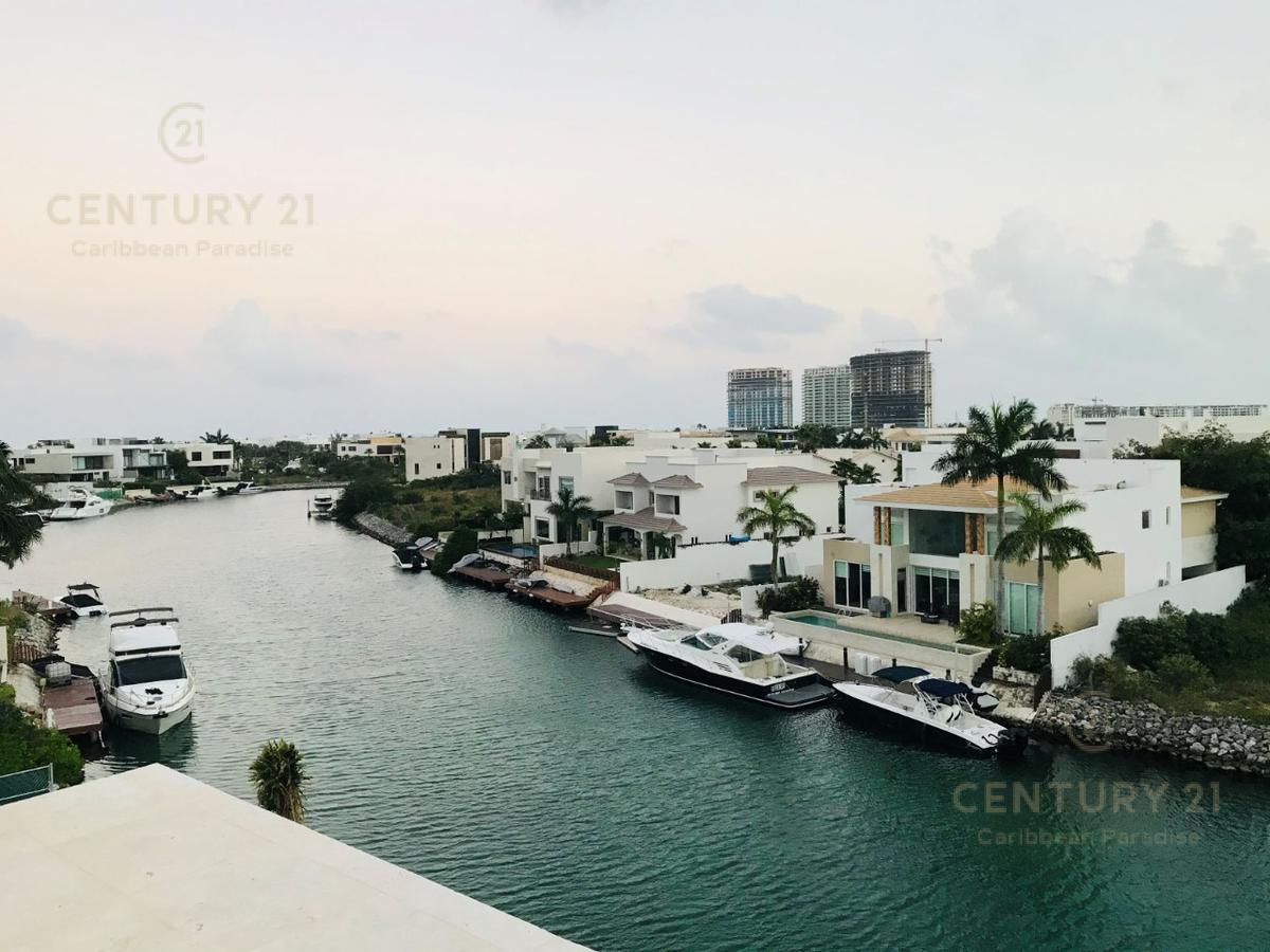 Puerto Cancún Casa for Venta scene image 3