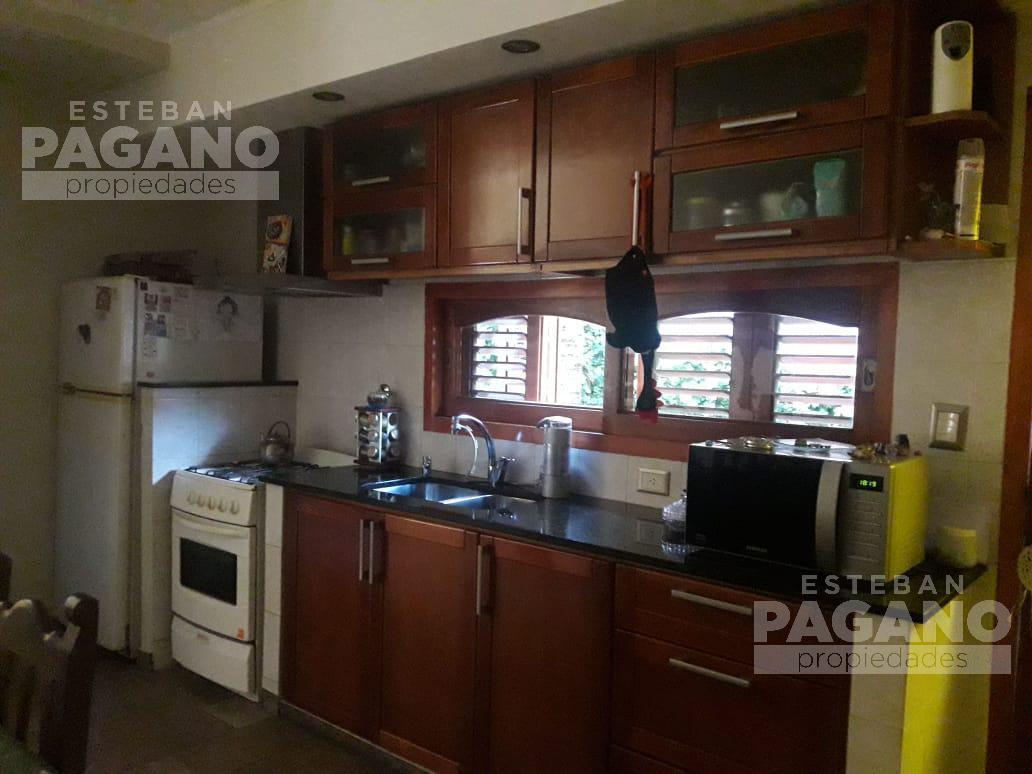 Foto Casa en Venta en  Berisso ,  G.B.A. Zona Sur  15 entre 152 norte y 153