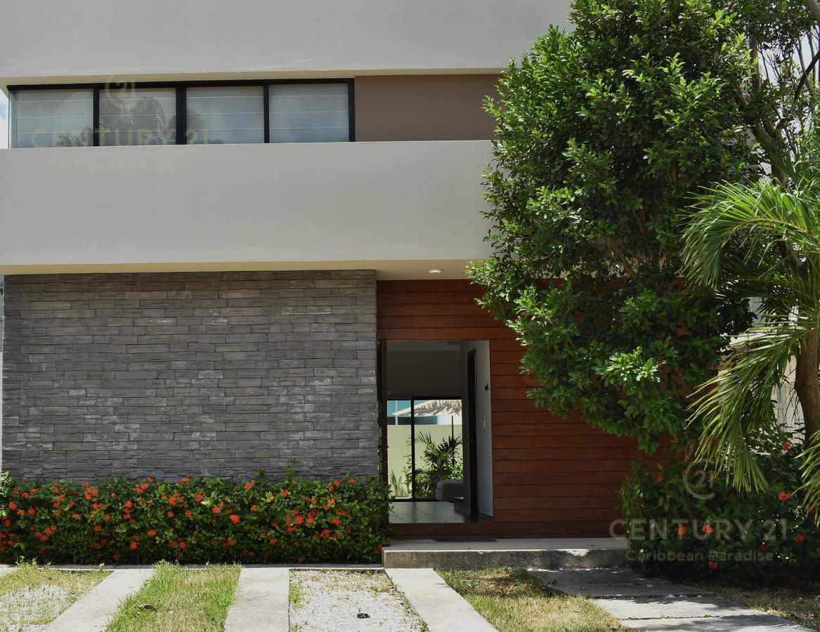 Foto Casa en Venta en  Benito Juárez ,  Quintana Roo          Hermosa Casa En Residencial de alta Plusvalía precio OPORTUNIDAD! C2559