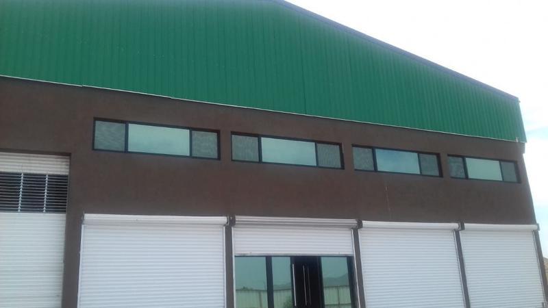 Foto Bodega Industrial en Renta en  Unidad Burócrata,  Chihuahua  BODEGA EN RENTA  DE 1000 MTS  CARRETERA CHIHUAHUA - DELICIAS  KM 5