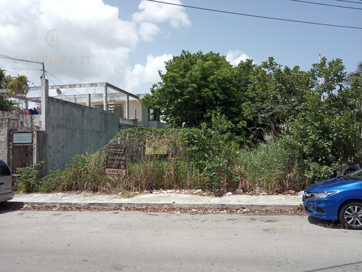 Solidaridad Land for Sale scene image 0