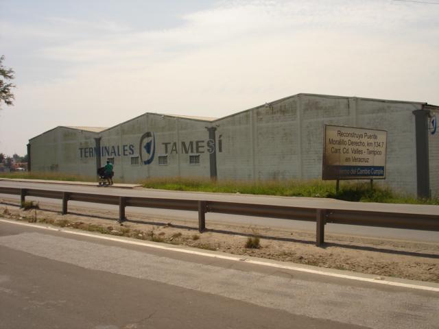 Foto Bodega Industrial en Renta en  Moralillo,  Pánuco  B-034 BODEGA DE 1,000 M2. EN EL MORALILLO VER.