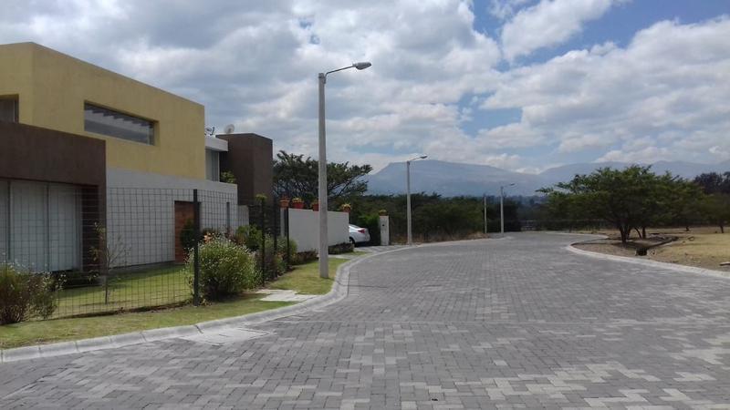 Foto Terreno en Venta en  Tumbaco,  Quito  Tumbaco