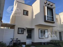 Picture House in Sale in  Jardines del Sur,  Cancún  Jardines del Sur