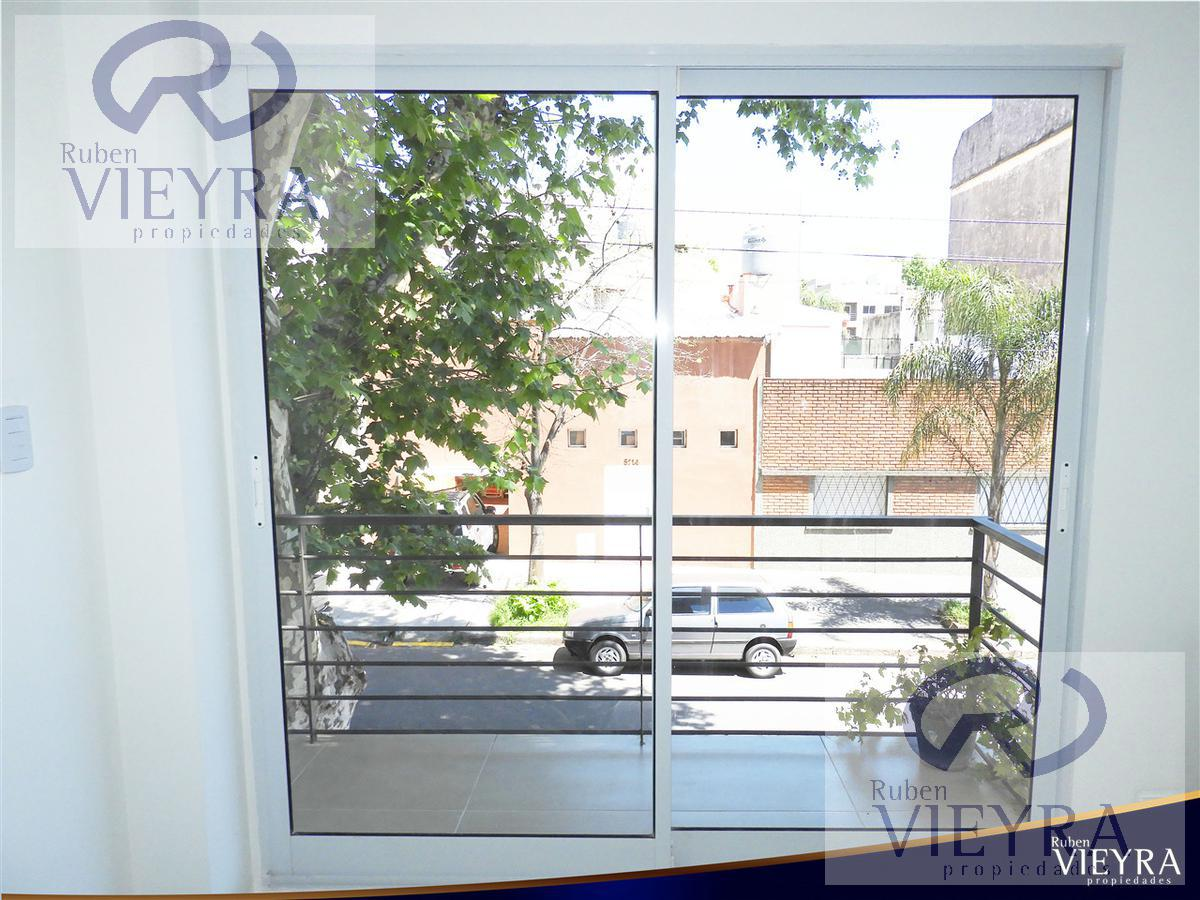 Foto PH en Venta en  Villa Pueyrredon ,  Capital Federal  Condarco al 5700