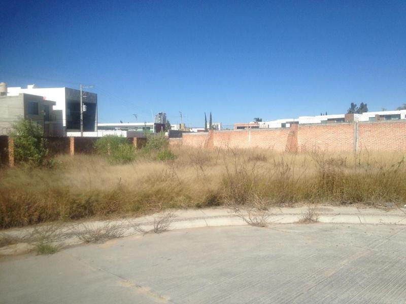 Foto Terreno en Venta en  Condominio Los Jarales,  Aguascalientes  M&C VENDE EXCELENTE TERRENO EN COTO AL NORTE