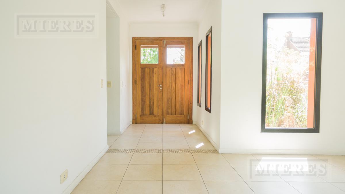Casa en VENTA CON RENTA en Talar Chico