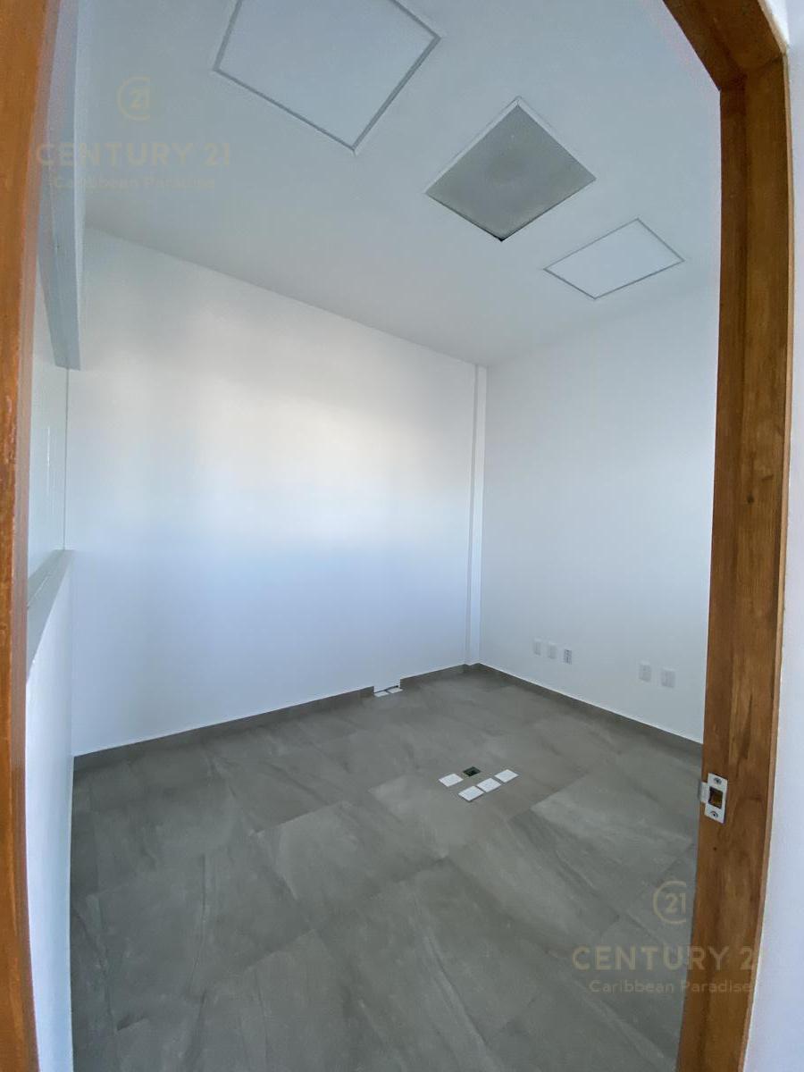 Supermanzana 301 Office for Sale scene image 12