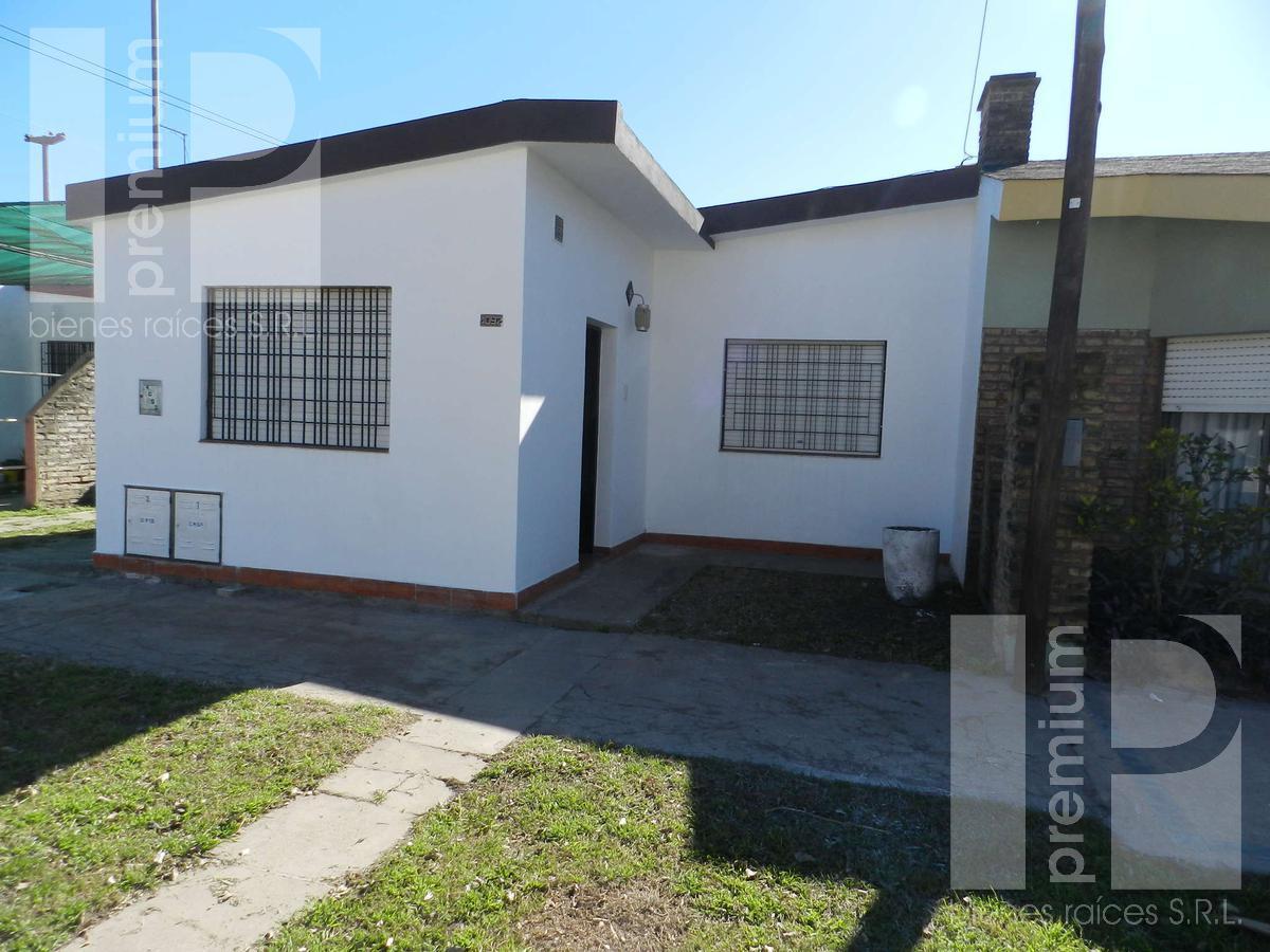 Foto Casa en Alquiler en  Independencia,  San Francisco  Bv. Roca al 4000