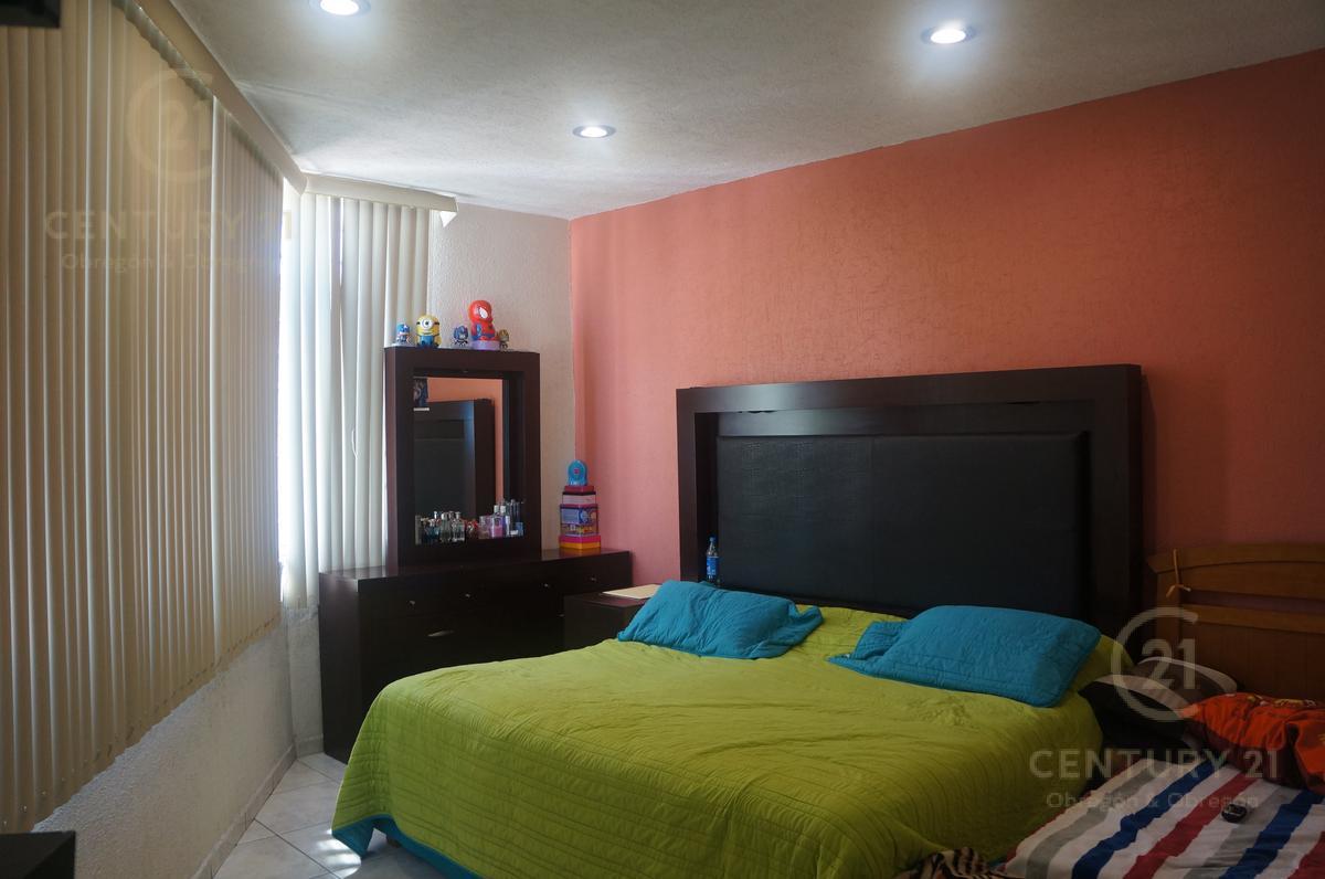 Foto Casa en Venta en  Fraccionamiento La Alameda,  León  Fraccionamiento La Alameda